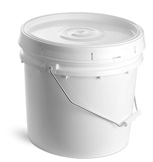 3.5 gal w/ Cover, No Spout White Plastic Pails w/ Solid Covers