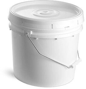 White Plastic Pails w/ Solid Covers